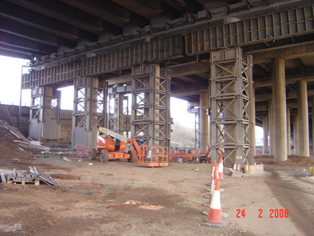 R121 – involving the installation of a 200te Plate Girder system